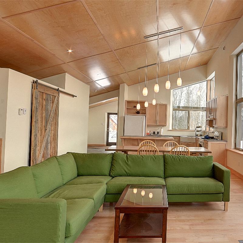 Living room Anderson-Ménard Cottage in Low Quebec