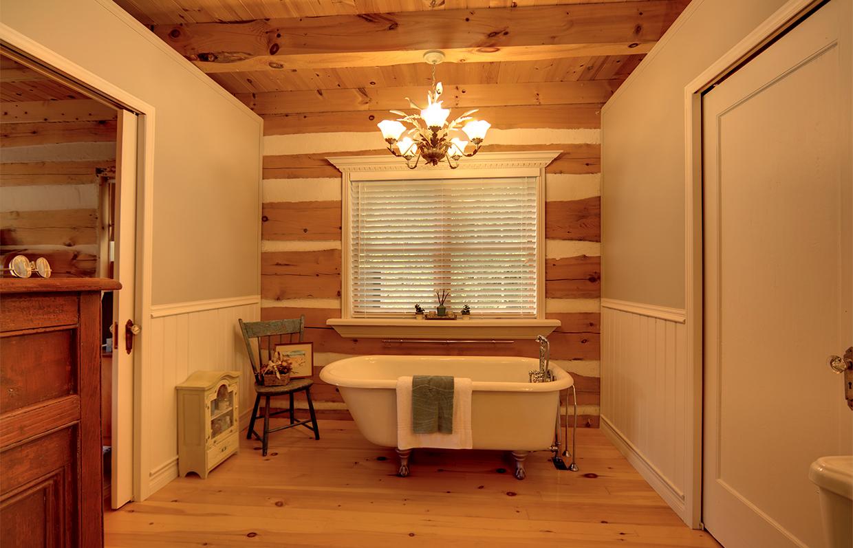Bathroom Anderson-Ménard Cottage in Low Quebec